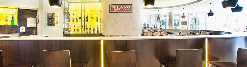 Ibis Hotel Sydney Lansvale Wood grain design